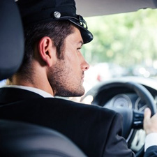 Notre chauffeur conduit votre voiture